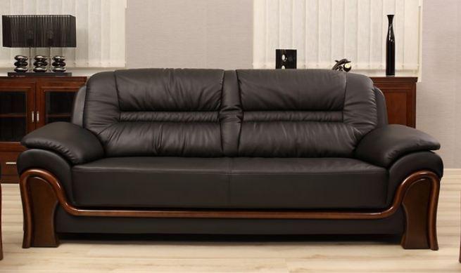 Jak dobrać sofę do salonu?